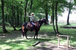 Ranch Trail: Roping, Clara Breuer und Kings Little Bueno